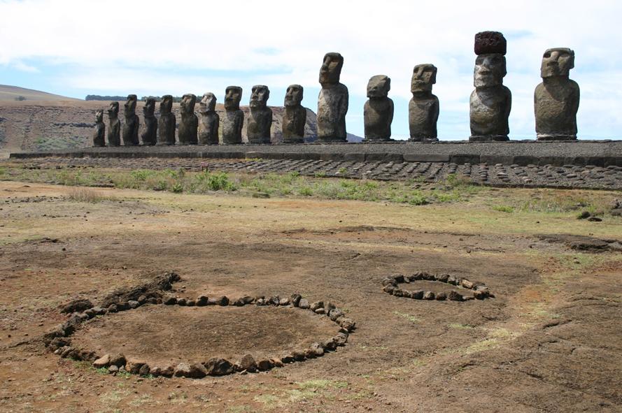 Les statues de l'Ahu Tongariki.